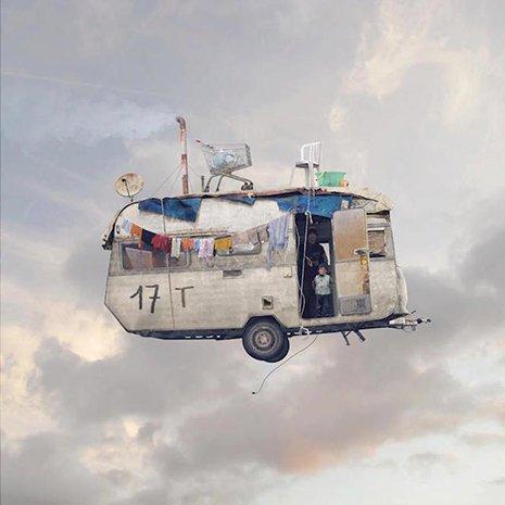 FlyingHouses5