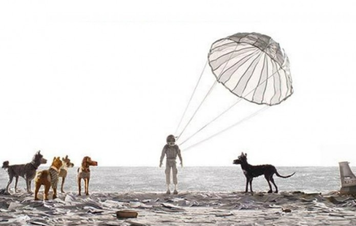 isle-of-dogs-poster-crop-042717-920x584